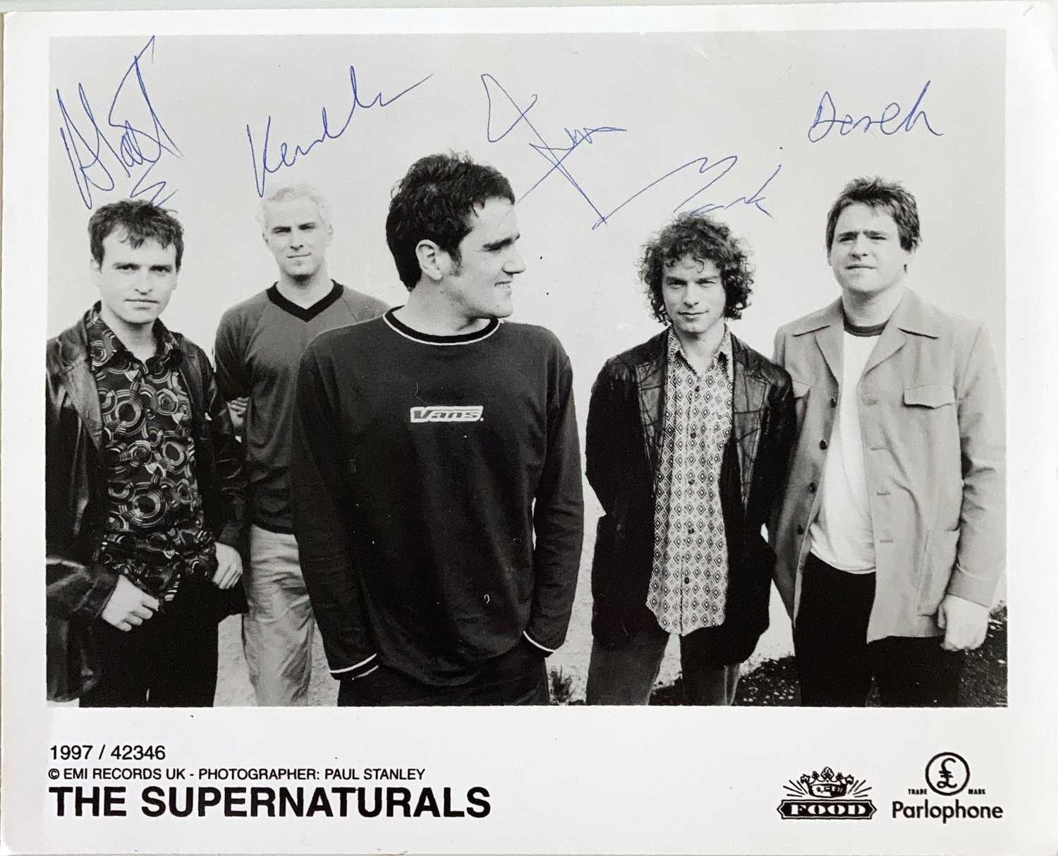 INDIE ARTISTS SIGNED ITEMS - HARD FI. - Image 2 of 11