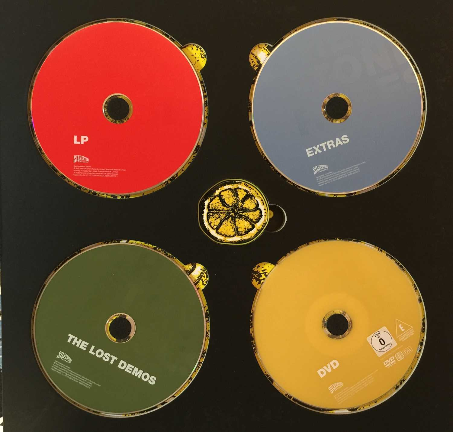 THE STONE ROSES - THE STONE ROSES (2009 LIMITED EDITION LP/CD/DVD BOX SET - SILVERTONE 88697430302) - Image 4 of 4