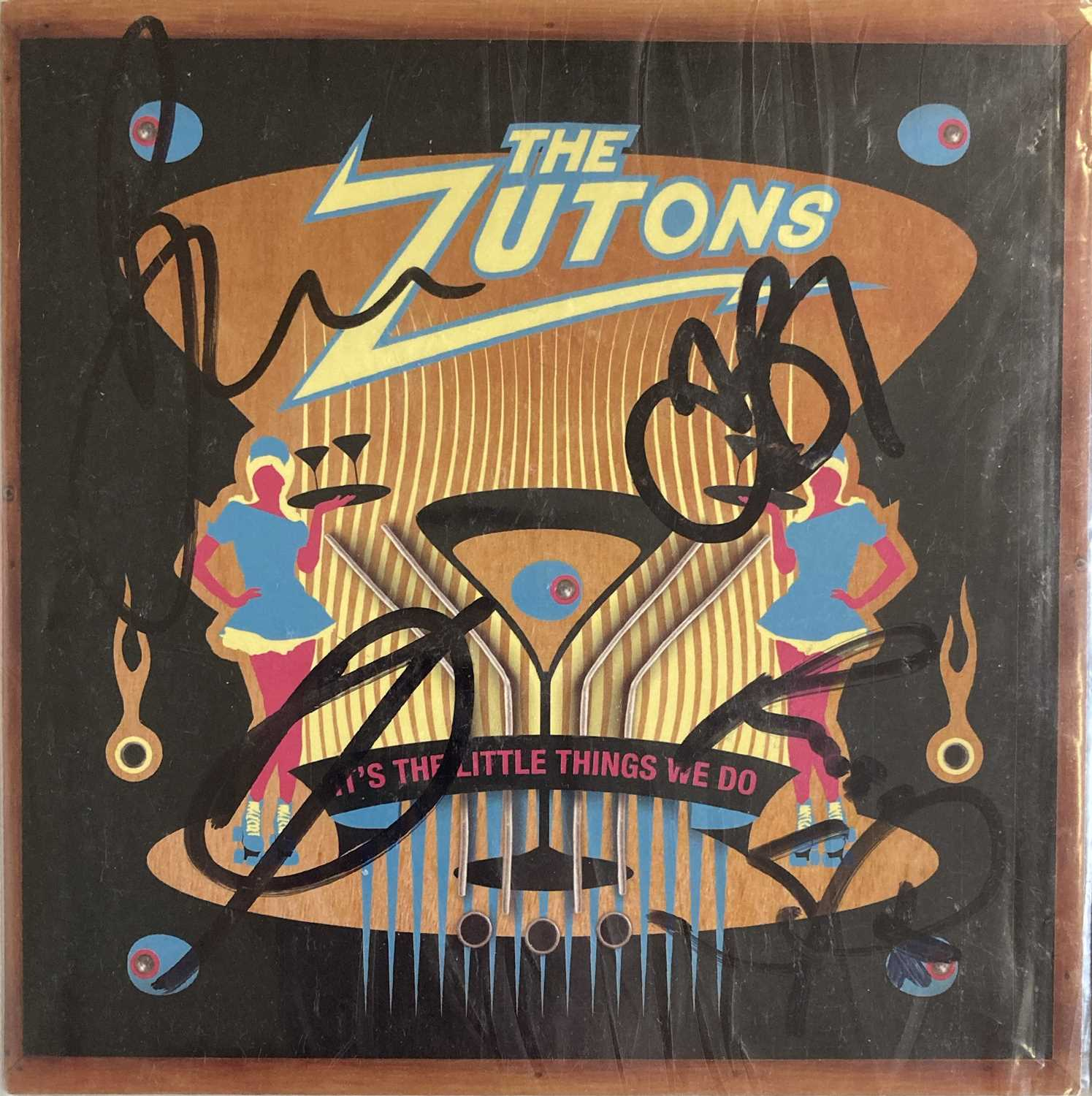 INDIE ARTISTS SIGNED ITEMS - HARD FI. - Image 5 of 11