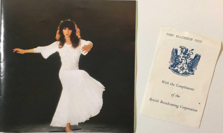 "KATE BUSH - THE SINGLE FILE 1978 ~ 1983 7"" BOX SET (KBS 1) - Image 3 of 5"