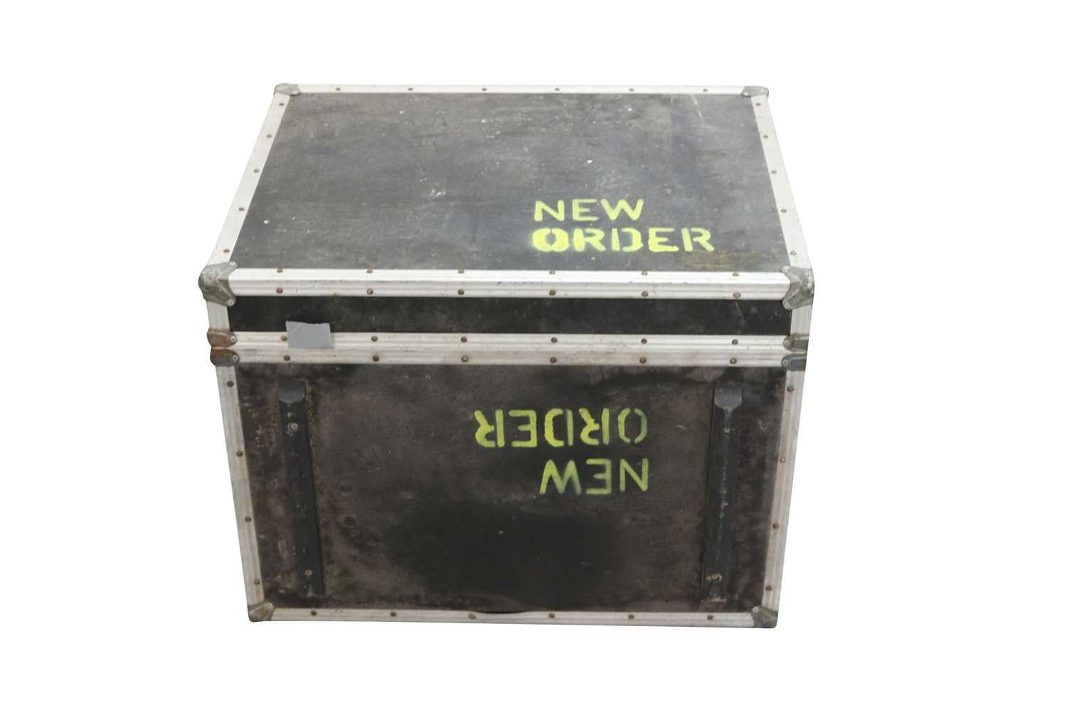 NEW ORDER BASS SPEAKERS FLIGHT CASES x5 - Image 3 of 7