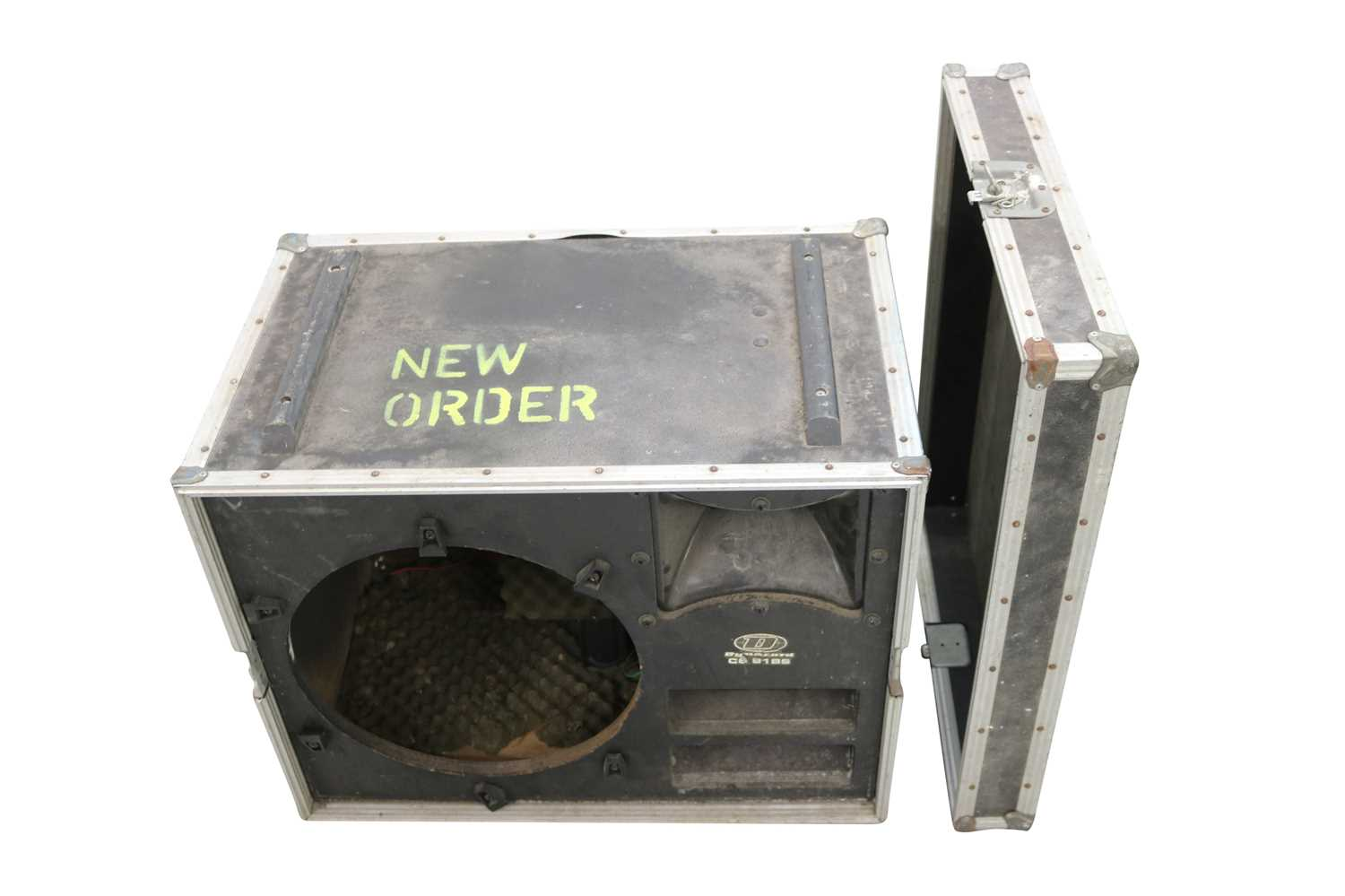 NEW ORDER BASS SPEAKERS FLIGHT CASES x5 - Image 2 of 7