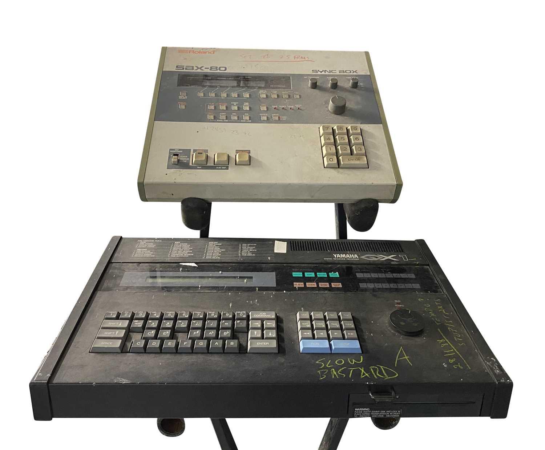 YAMAHA DX-5 KEYBOARD, YAMAHA QX-1 SEQUENCER & ROLAND SYNC BOX SBX-80 - Image 3 of 5