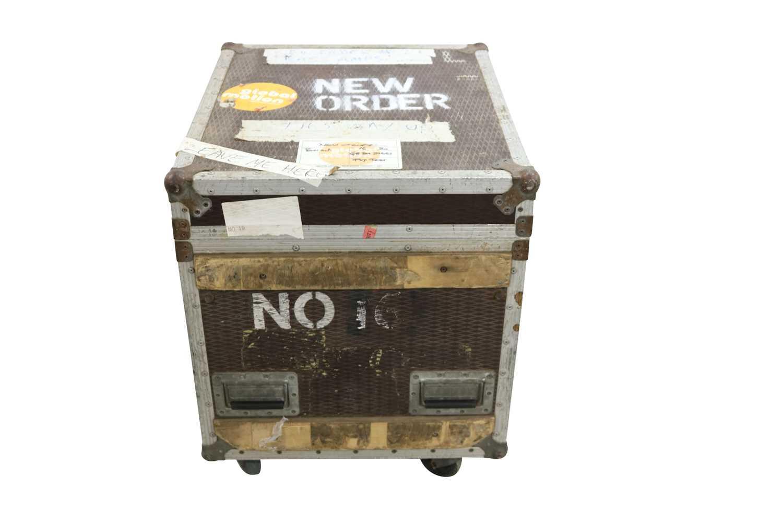 NEW ORDER BASS AMPS FLIGHT CASE