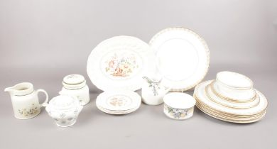 A selection of various Royal Doulton - to include 'Gold Lace' dinner wares, 'Grantham' platter &