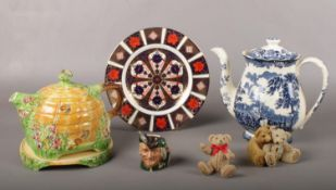 A group of assorted ceramic's. Royal Crown Derby Old Imari plate, Royal Worcester 'Avon Scenes'