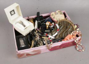 A group of costume jewellery & quartz ladies/gents wristwatches.