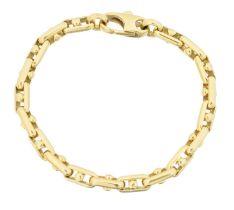 An 18ct gold fancy link bracelet,