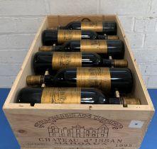 12 Bottles (in OWC) Chateau d'Issan Grand Cru Classe Margaux 1995 (5 hin, 7 i/n)