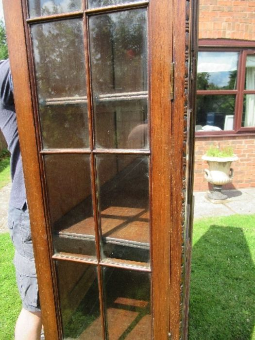 A Georgian design display cabinet, having astragal glazed doors to the upper and lower sections, - Image 4 of 5