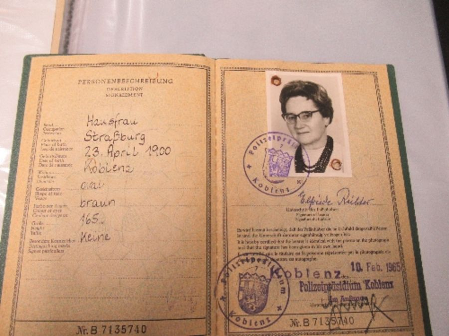 World War I and World War II, military and family documents for Freidrich Richter and his wife - Image 11 of 11