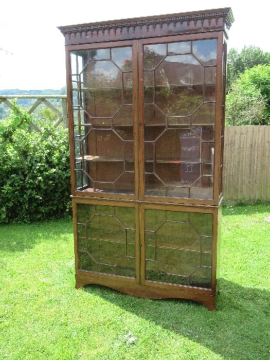 A Georgian design display cabinet, having astragal glazed doors to the upper and lower sections, - Image 2 of 5