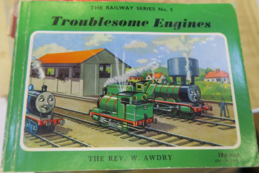 11 Thomas The Tank Engine books - Image 5 of 12