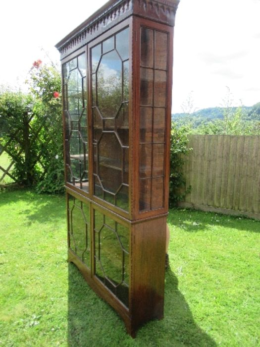 A Georgian design display cabinet, having astragal glazed doors to the upper and lower sections, - Image 3 of 5
