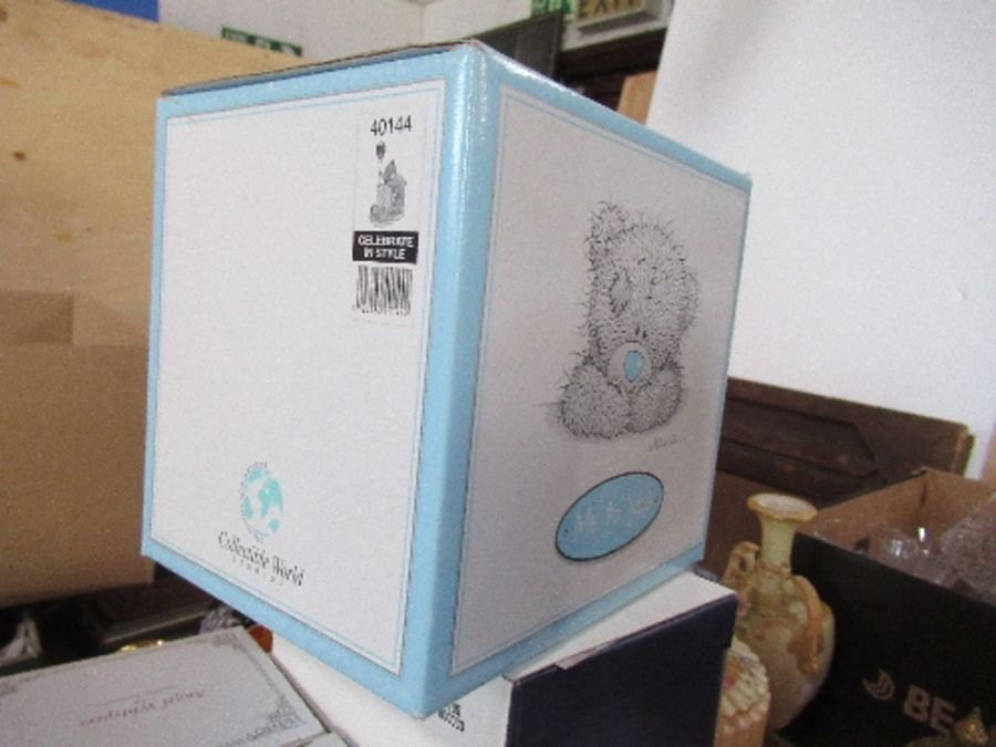A collection of boxed ornaments, to include Me To You bears, Royal Worcester jug, Angel Whispers, - Image 7 of 7