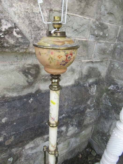 A telescopic oil lamp base, together with two painted plant stands - Image 2 of 3
