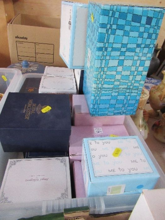 A collection of boxed ornaments, to include Me To You bears, Royal Worcester jug, Angel Whispers,