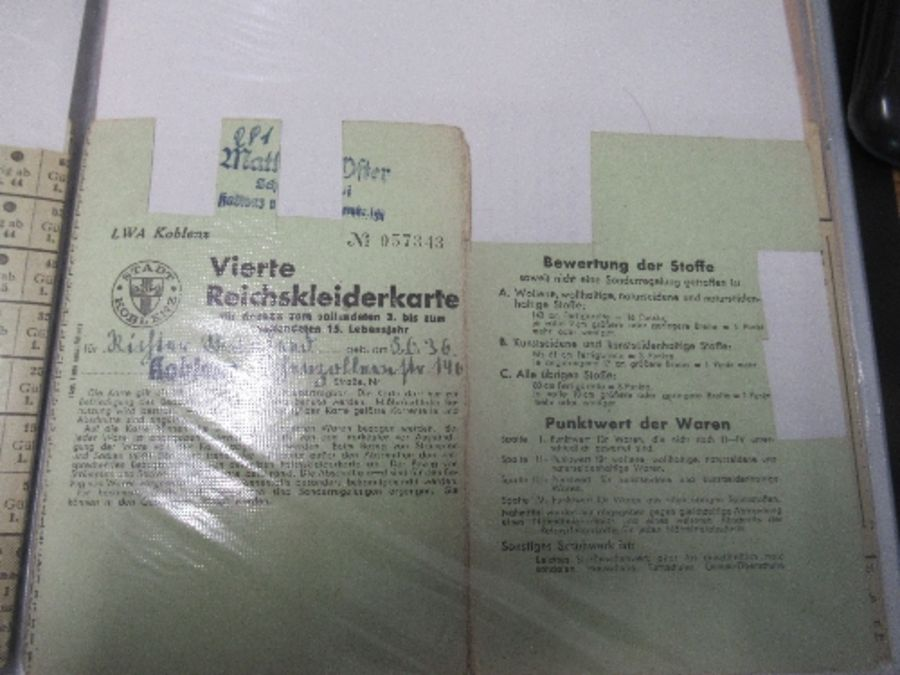 World War I and World War II, military and family documents for Freidrich Richter and his wife - Image 5 of 11