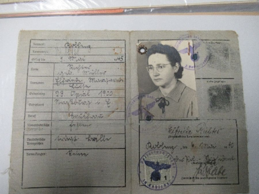 World War I and World War II, military and family documents for Freidrich Richter and his wife - Image 8 of 11