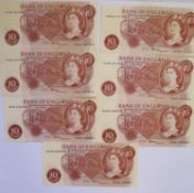 A Collection of Seven 10 Shilling Notes: 3x C54N 557544, 45 & 46, 3x B46N 628049, 50 & 51 and D03N