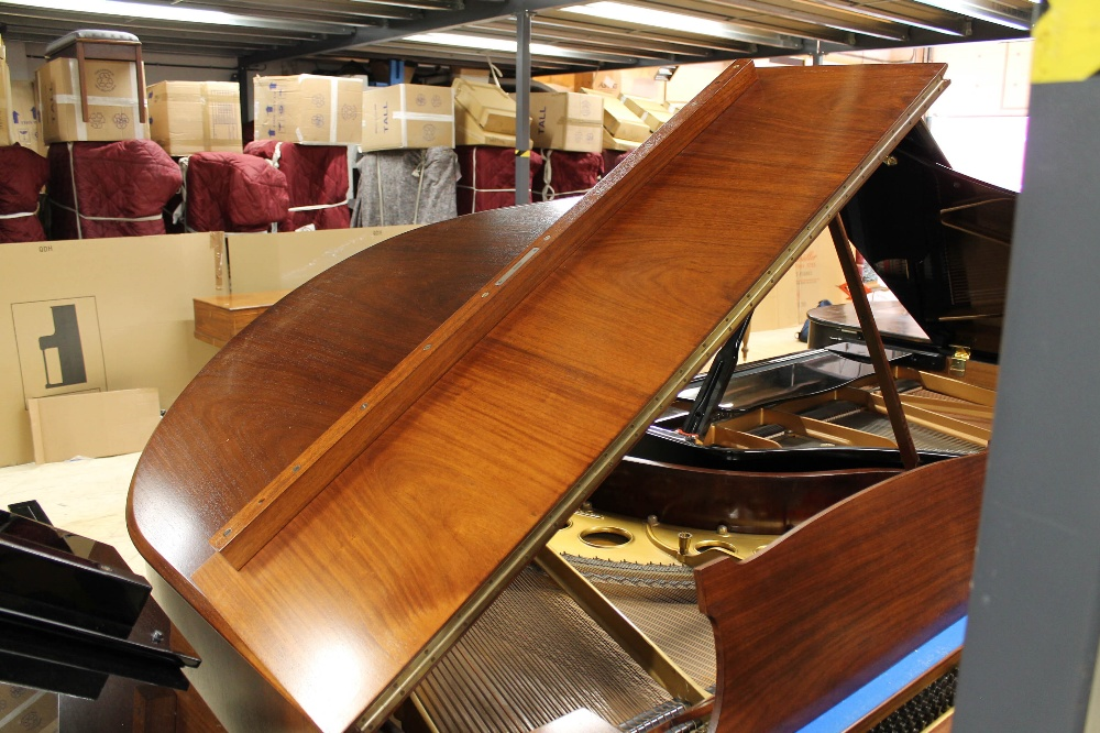Steinway (c1926) An 88-note 5ft 10in Model O grand piano in a mahogany case on square tapered legs; - Image 6 of 8