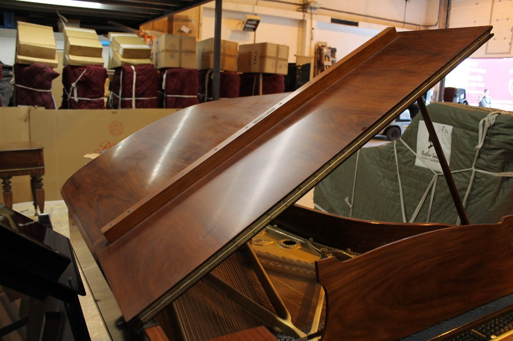 Steinway (c1928) A 7ft 5in grand piano in a French polished rosewood case on square tapered legs. - Image 6 of 8