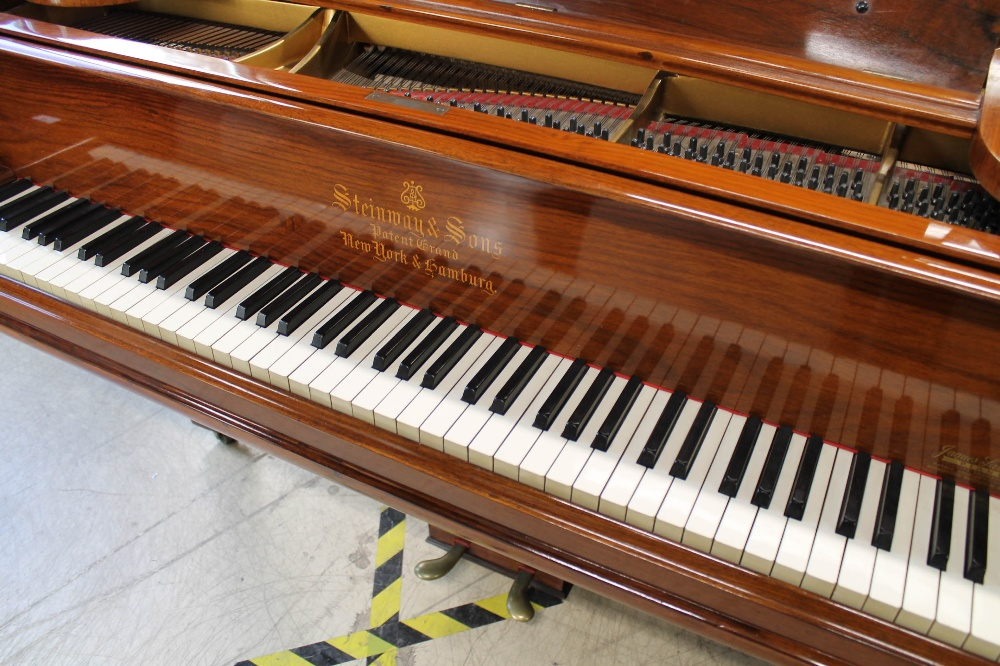 Steinway (c1908) A 5ft 10in Model O grand piano in a rosewood case on square tapered legs. - Image 2 of 8