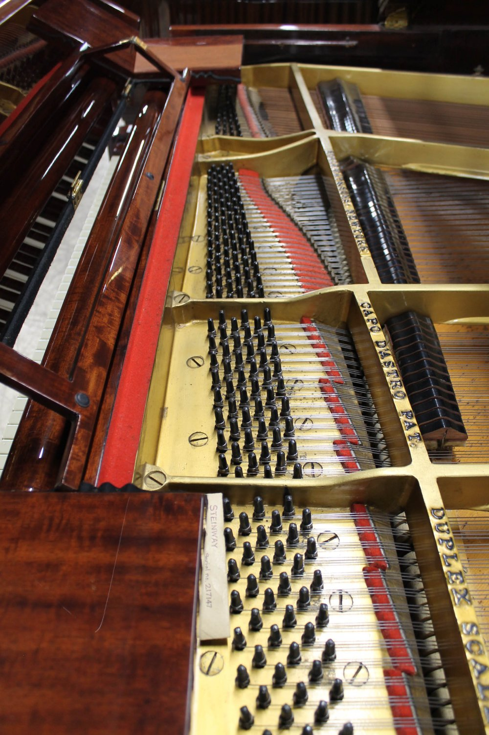 Steinway (c1924) A 5ft 10in Model O grand piano in a fiddleback mahogany case with square tapered - Image 5 of 8