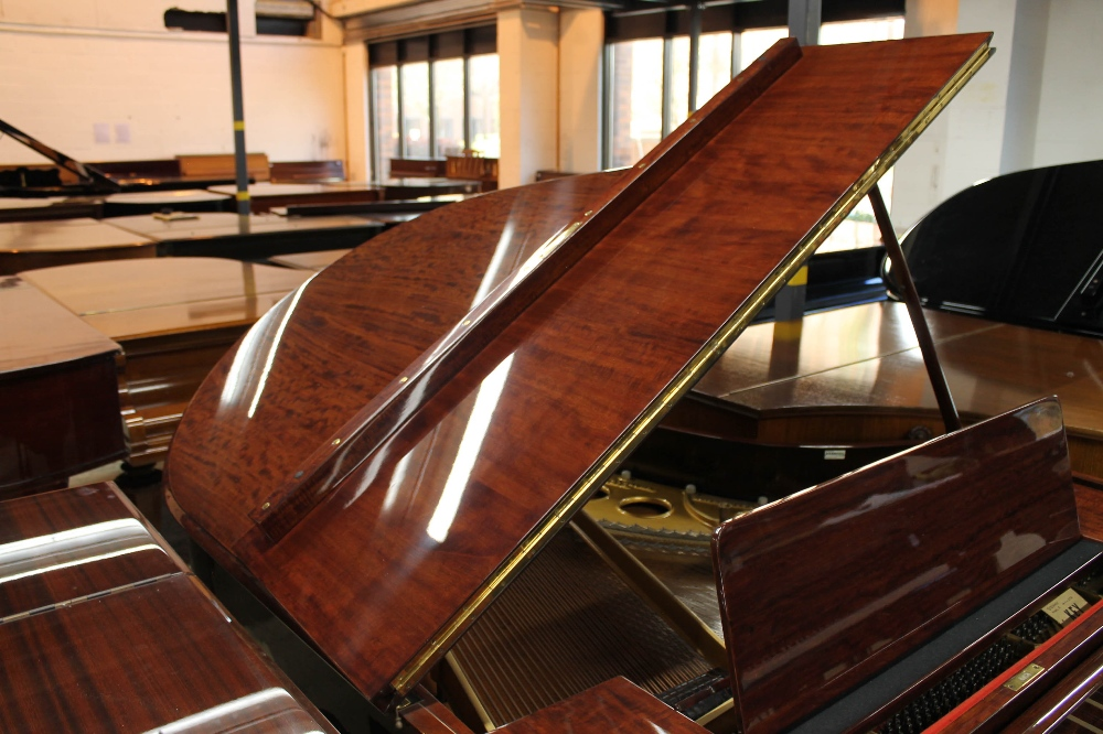 Steinway (c1924) A 5ft 10in Model O grand piano in a fiddleback mahogany case with square tapered - Image 6 of 8