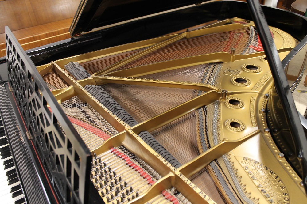 Steinway (c1898) A 6ft 2in 88-note Model A grand piano in an ebonised case on square tapered legs. - Image 4 of 8