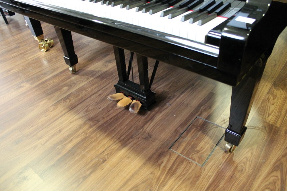 Steinway (c1986) A 6ft 2in Model A grand piano in a bright ebonised case on square tapered legs. - Image 3 of 8