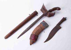 A sword and dagger (Kris).