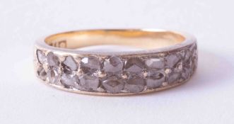 A Georgian 18ct yellow gold ring set a double row of old cut diamonds, finger size I.
