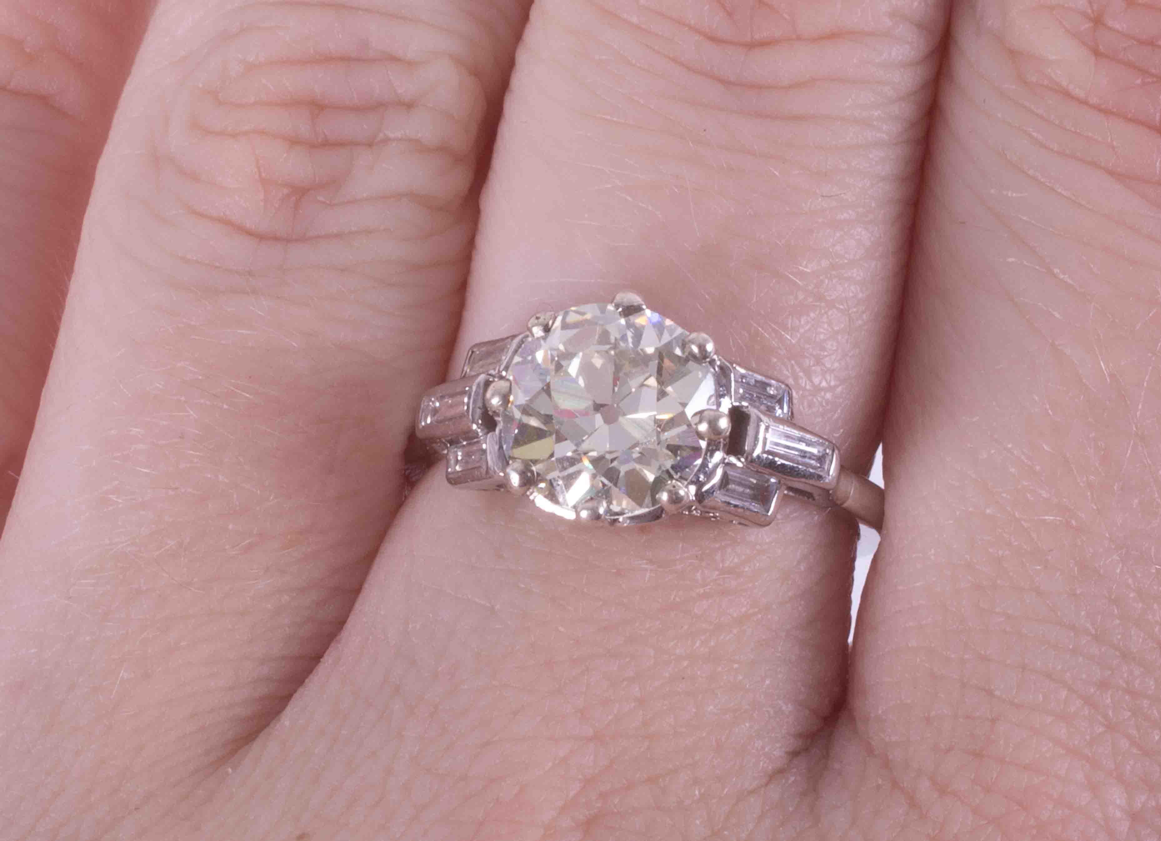 A fine platinum Art Deco ring set central round old cut diamond, approx. 2.43 carats, colour K-L & - Image 2 of 2