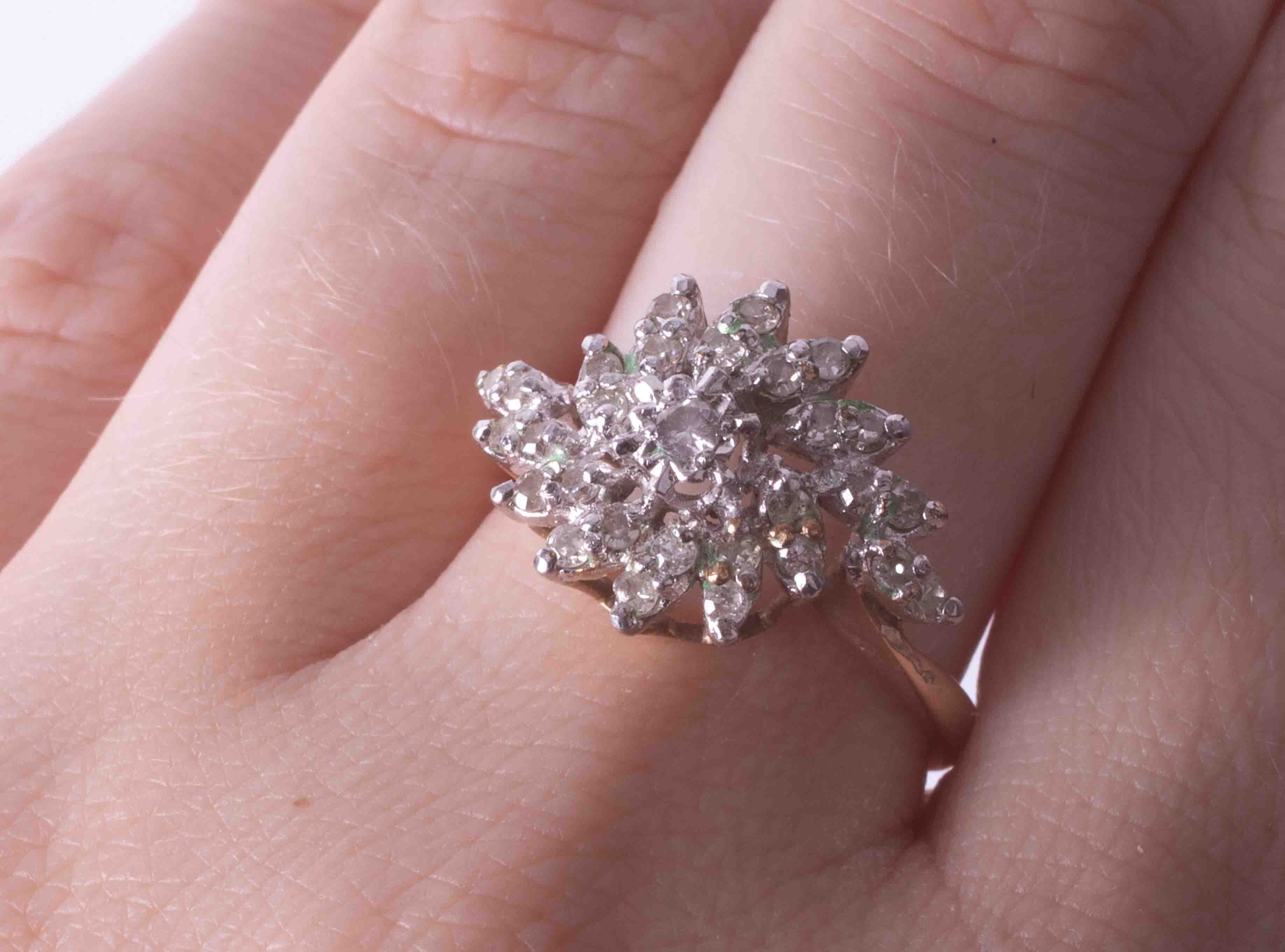 A 9ct yellow gold and diamond cluster ring, size O. - Image 2 of 2