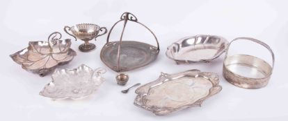 WMF, a collection of various WMF silver plated trays, dishes, leaf dishes, etc, (7).