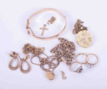 A mixed bag of 9ct gold jewellery, approx. 60.80gm.