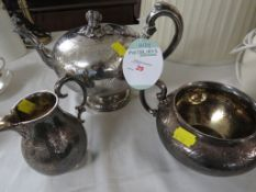 A MATCHED NINETEENTH CENTURY SILVER THREE-PART TEA SET (TOTAL COMBINED GROSS WEIGHT 41.2 OZT),
