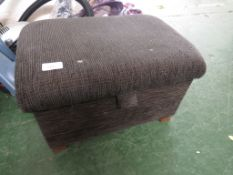 SMALL UPHOLSTERED LIFT TOP FOOT STOOL.