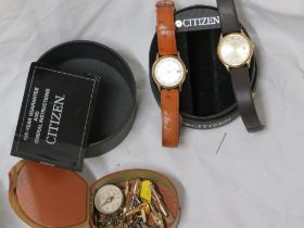 TWO CITIZEN QUARTZ GENTS WRIST WATCHES, SMALL BRASS COMPASS, TOGETHER WITH A SMALL SELECTION OF