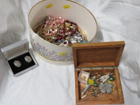 SELECTION OF COSTUME NECKLACES , BROOCHES AND OTHER SMALL ITEMS, TOGETHER WITH A HALLMARKED SILVER