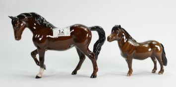 Beswick Stocky jogging horse: 855 together with Shetland Eschonchan Ronay 1648 (boxed) (2)