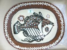 Studio Ware Slip finished platter with fish decoration: maker mark to rear , diameter 40cm widest