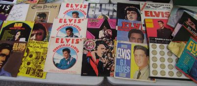 A large collection of Elvis lp's and box sets: