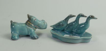 Beswick early blue models: of three duck dish and a baby hippopotamus. (2)