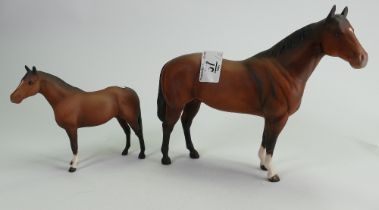 Beswick Quarter Horse and thoroughbred pony: both matte (2)