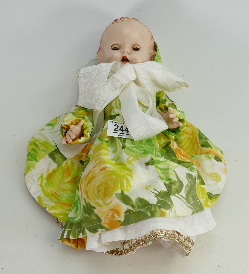 Vintage Pedigree jointed doll: Stamped to back of neck