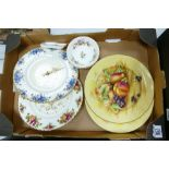 A mixed collection of items to include: Royal Albert Old Country Rose & Moonlight Rose wall