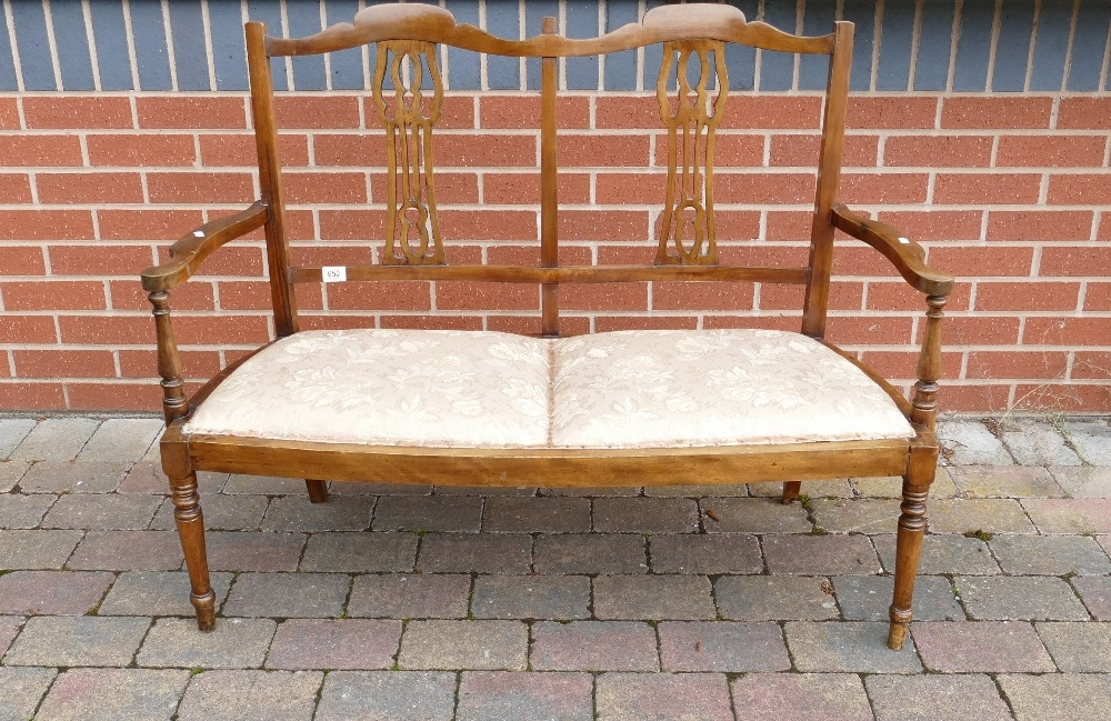 Edwardian stained beech 2 seater loving seat: Measuring 115 cm x 50 cm x 90 cm high appx.