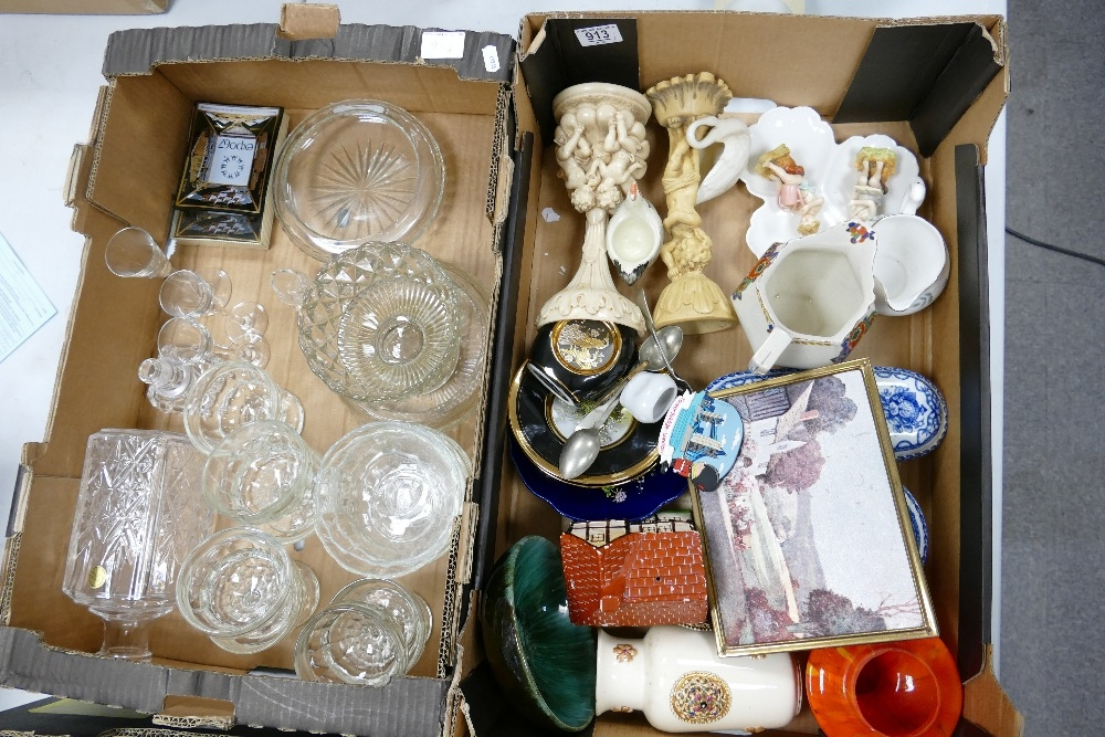 A mixed collection of items to include: glass ware, decorative ornaments, platess vases etc (2